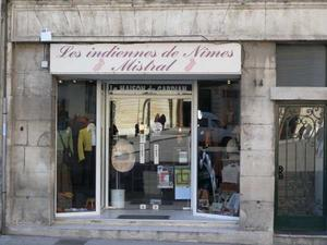 les indiennes de n mes shop in arles france. Black Bedroom Furniture Sets. Home Design Ideas
